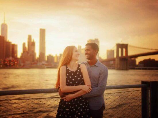 cute couples photos at NYC Brooklyn Bridge