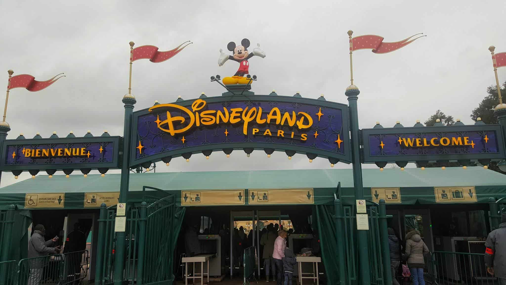 5 Reasons Why Disneyland Paris Is Better Than Walt Disney