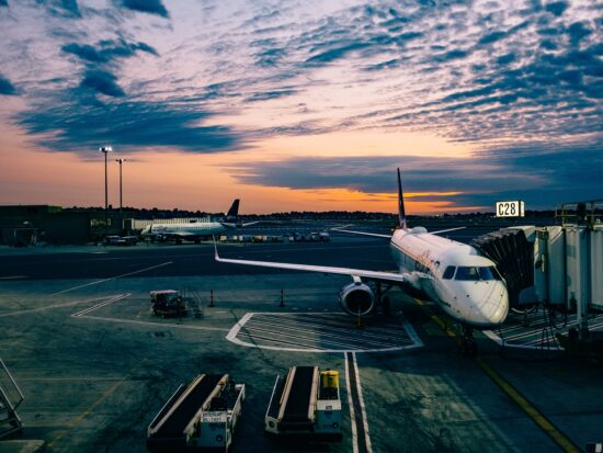 Travel Hacks For Finding Cheap Flights