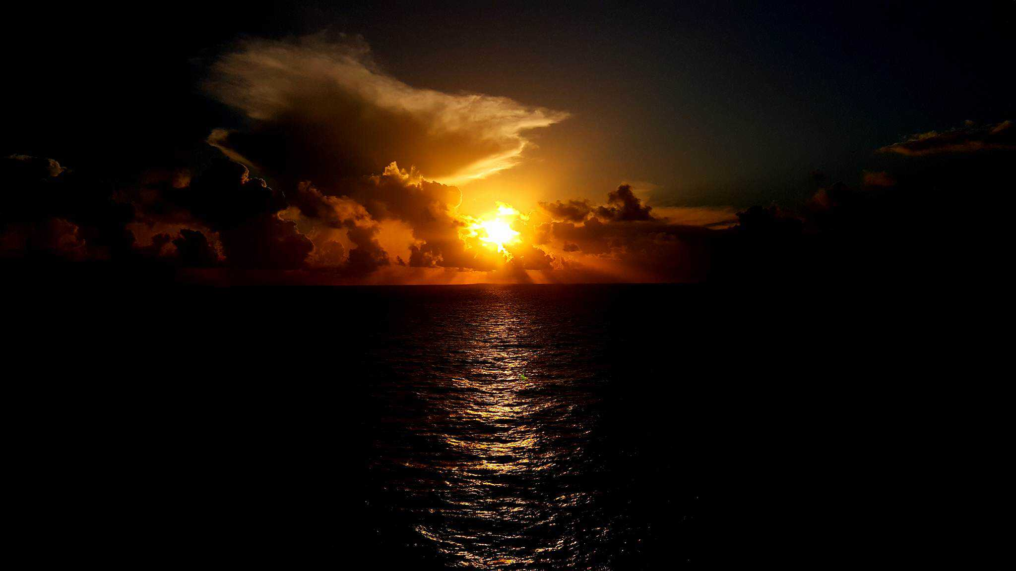 Cruise Photography Golden Hour Follow Me Away