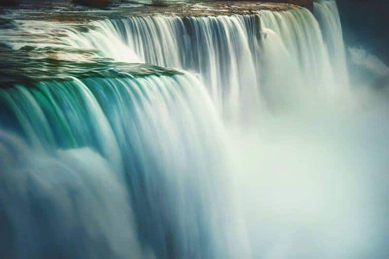 Top 5 Instagram Worthy Spots To Photograph Niagara Falls