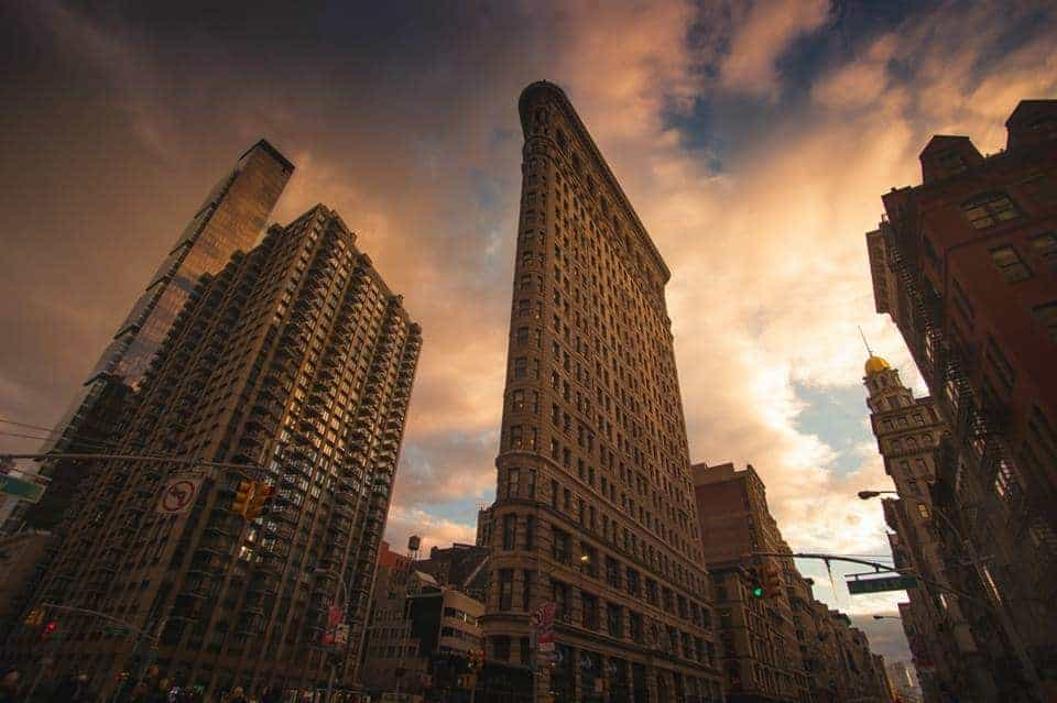 best NYC photography locations and how to find them | flat iron building in NYC