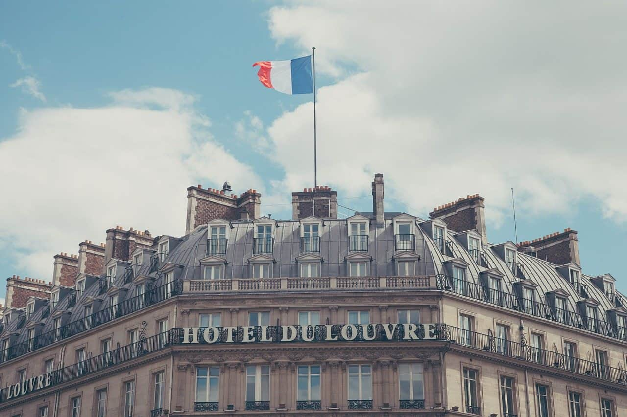 hotels in paris during the winter