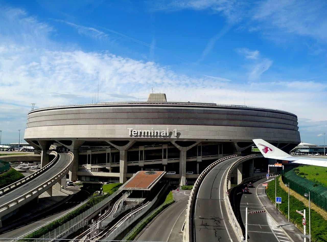 how to get to Paris from the charles de gaulle airport