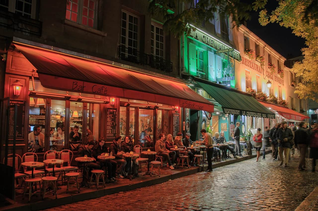 going on a paris walking tour is a wonderful way to spend the day during the winter