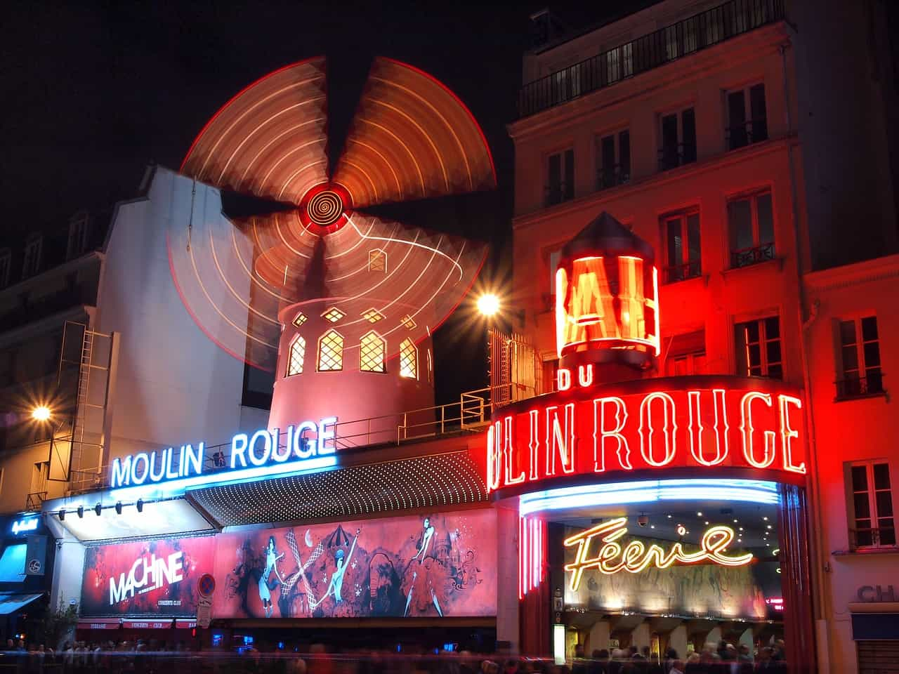 Moulin rouge is one of the best paris photography locations