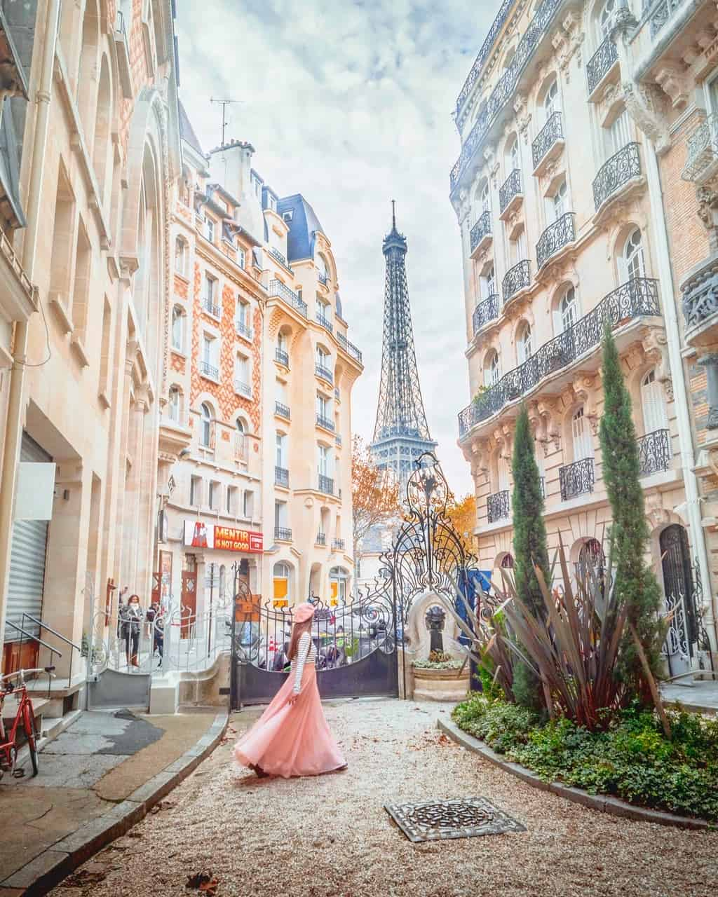 Square Rapp is one of the best secret streets in Paris | best paris streets for photography | things to do in Paris