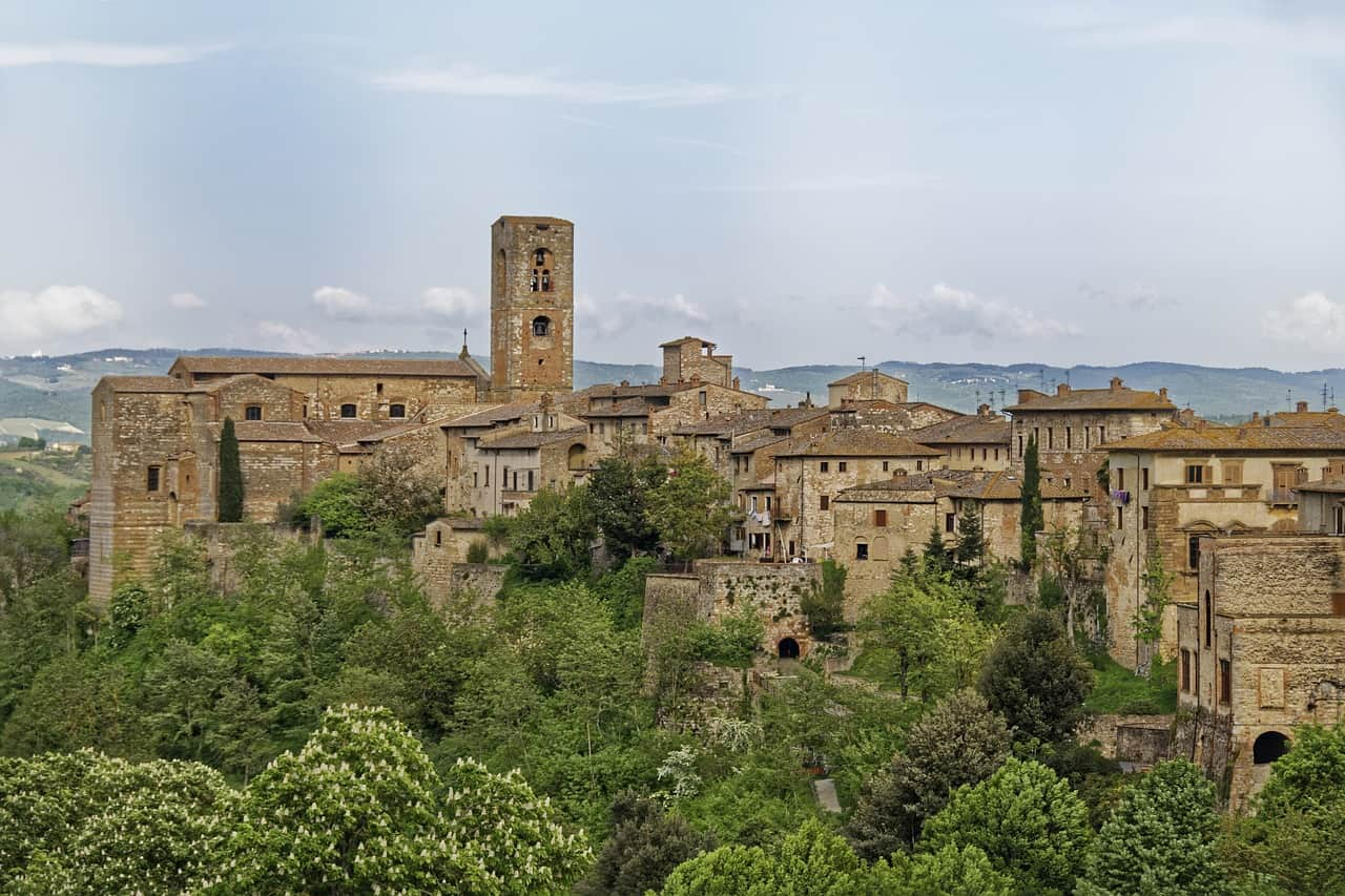 Colle Di Val D'Elsa is a magical place to visit in Tuscany on your Italy itinerary