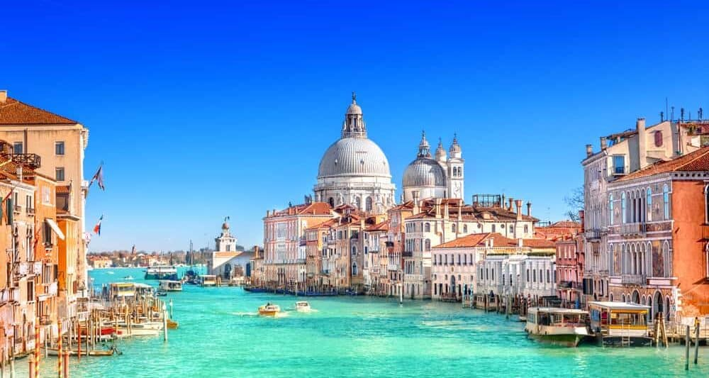 10 Stunningly Beautiful Places You Must Visit In Northern Italy