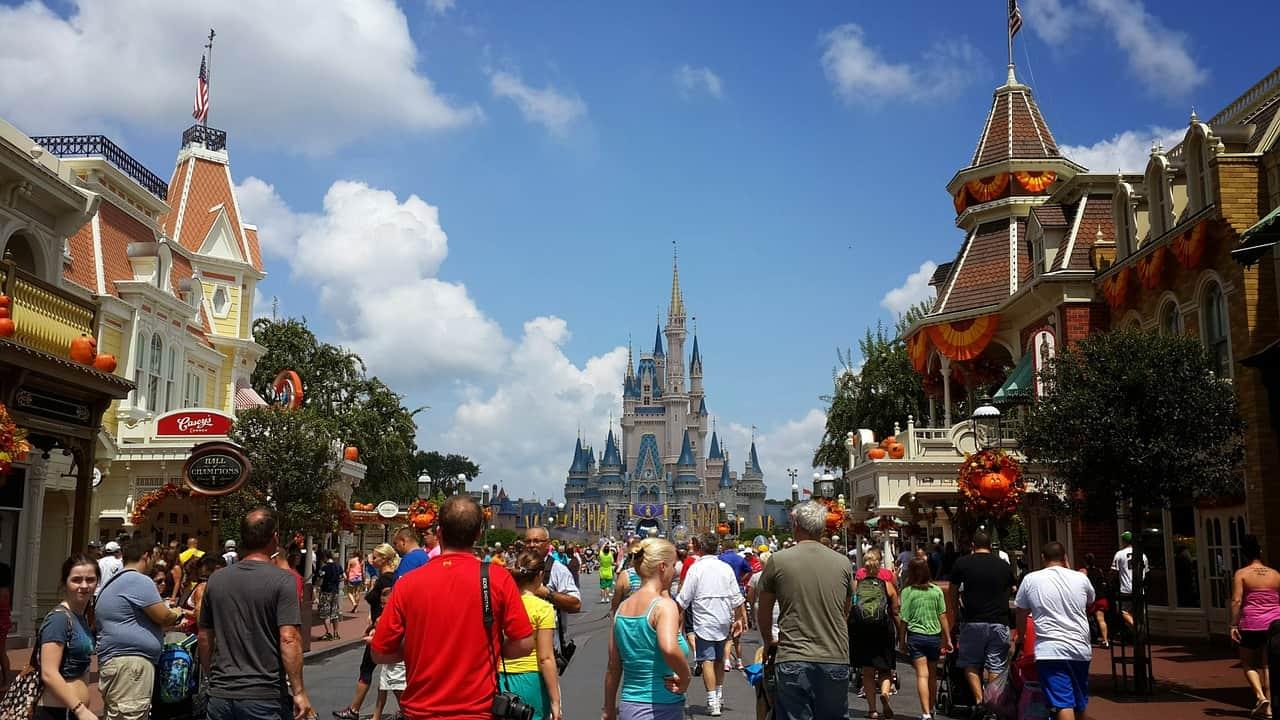 Avoid getting heatstroke when planning a trip to Disney