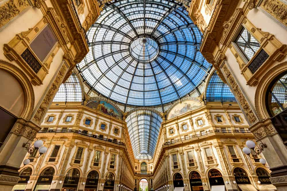 The Galleria Vittorio Emanuele II is an beautiful thing to do on your one day in Milan.