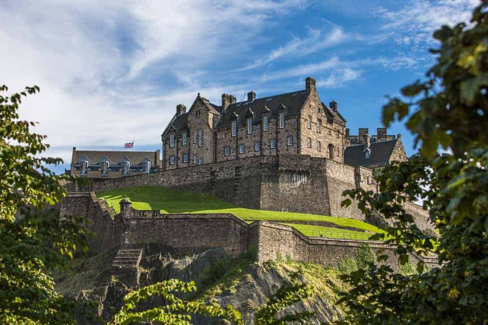 Edinburgh is one of the best sights during a weekend in Edinburgh!