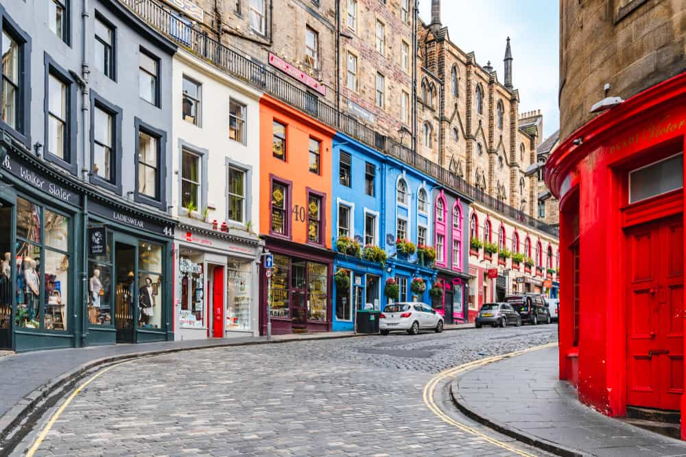 Walk the Royal Mile and shop on Victoria Street during a weekend in Edinburgh