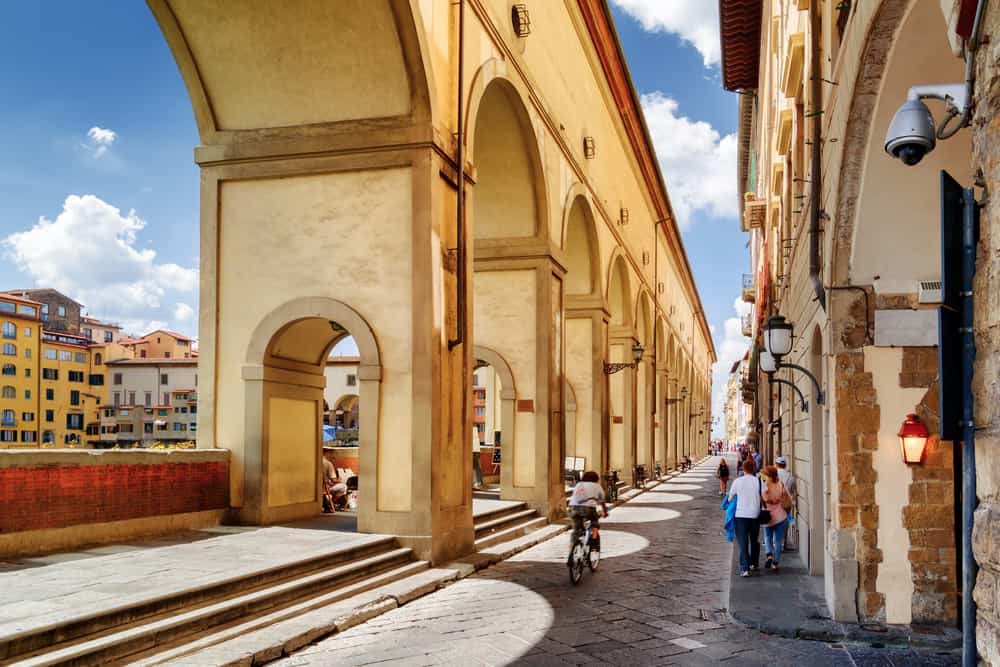 The beautiful enclosed archway of the Corridoio Vasariano is a must see if you are spending one day in Florence!