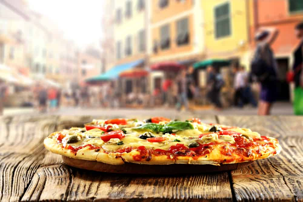 Pizzeria Santarpia is a must if you are spending one day in Florence. Enjoy the traditional and organic pizza!