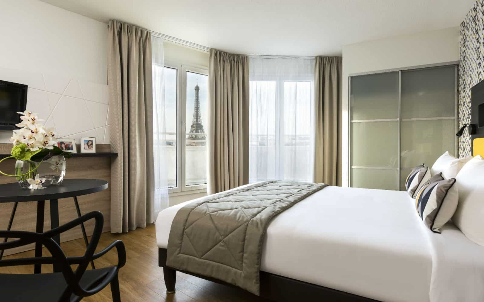 Citadines Tour Eiffel Paris is one of the best hotels with a view of the Eiffel Tower