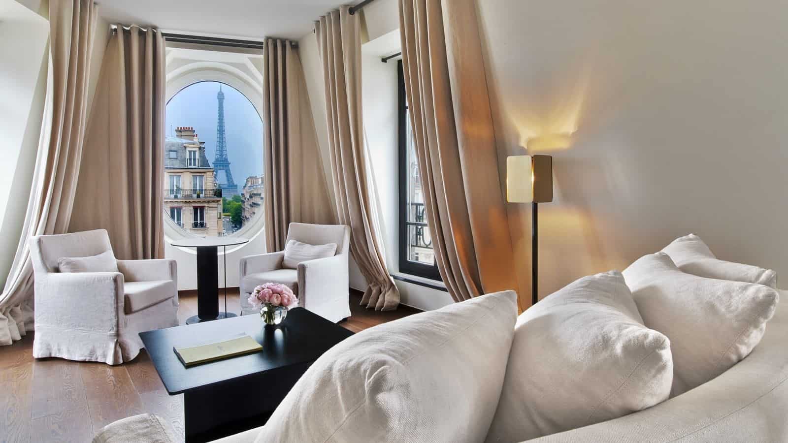 where to stay in Paris with a view of the Eiffel Tower