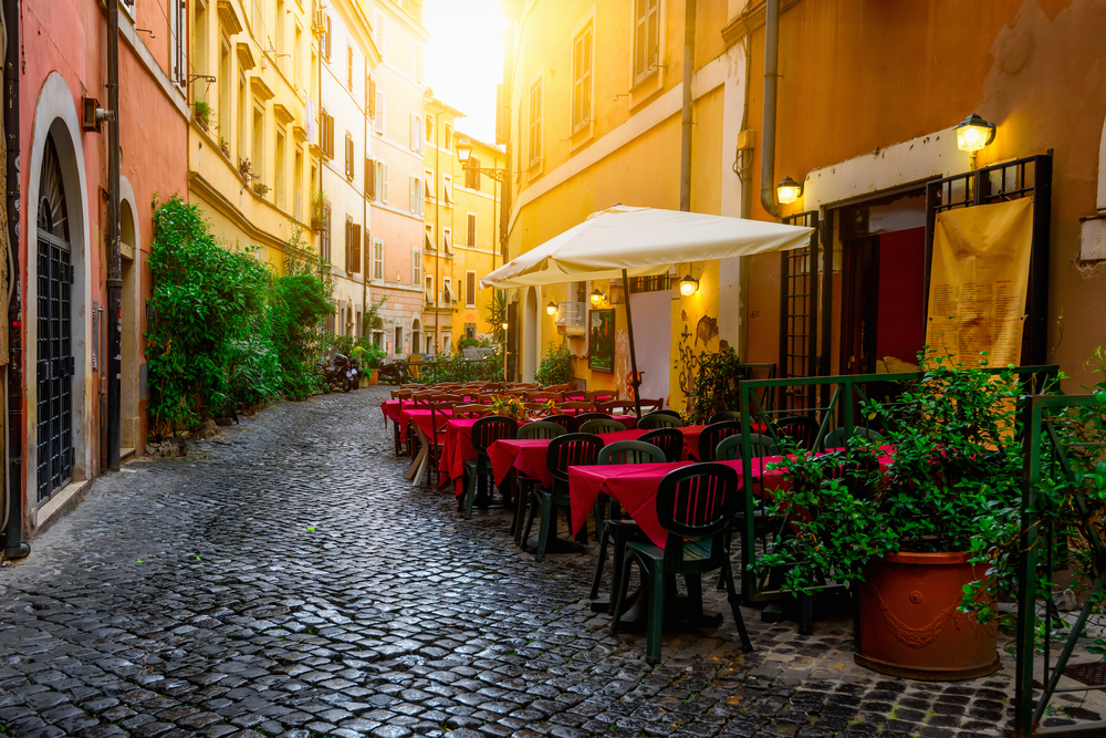 cute Italian cafe to visit during your 10 Days in Italy itinerary