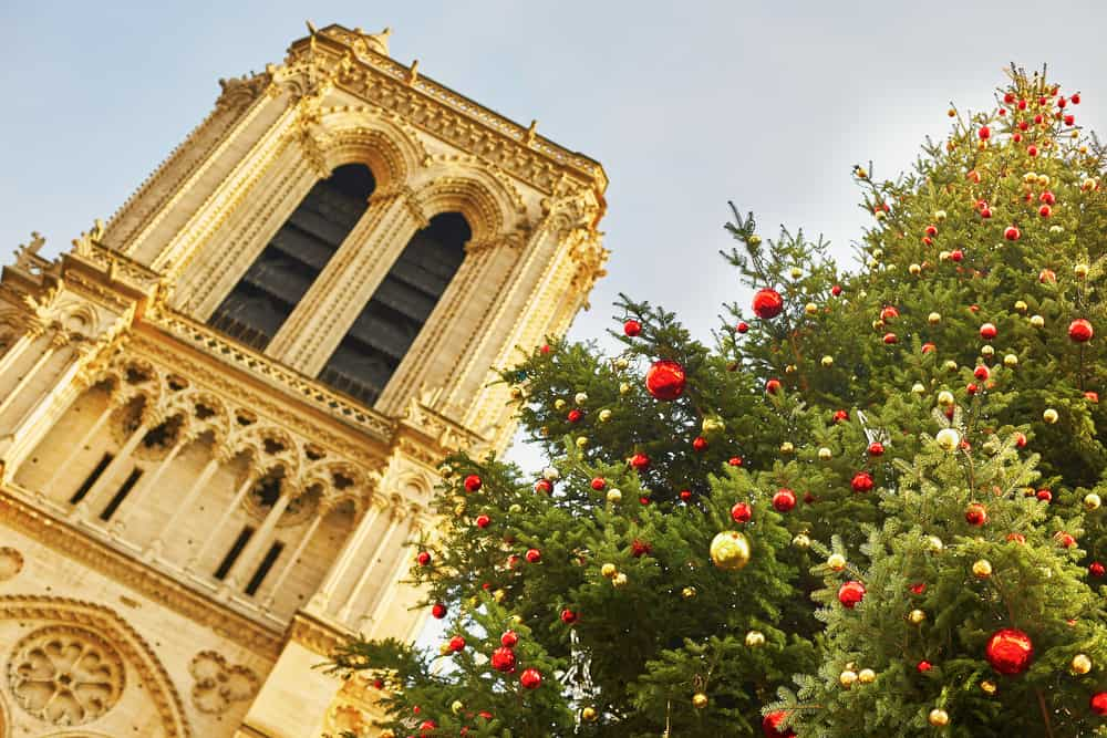 Mass is and important part of christmas in paris