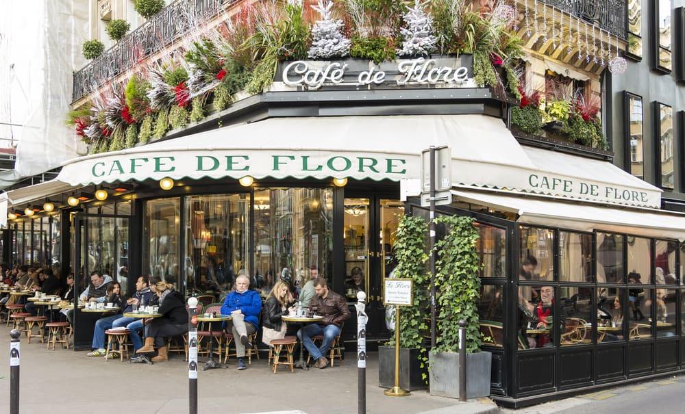 outside view of cafe de flor Parisian cafe