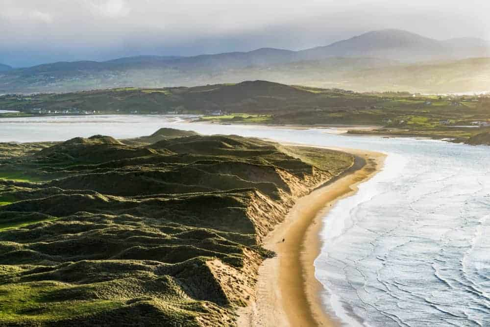 beaches in Ireland with long stretch of shore