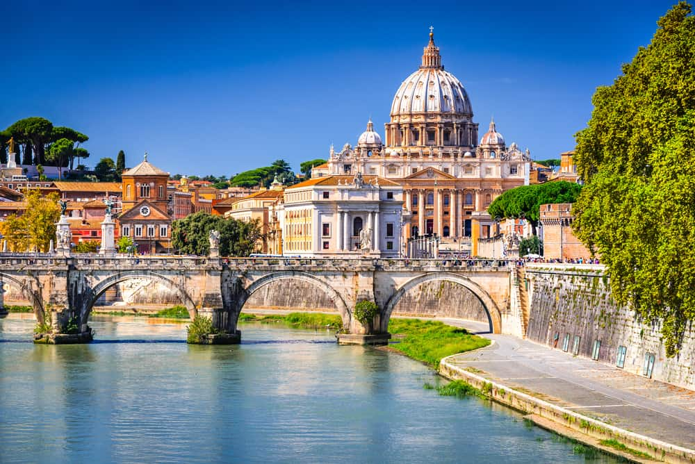 Rome is known for its stunning sites and architecture!