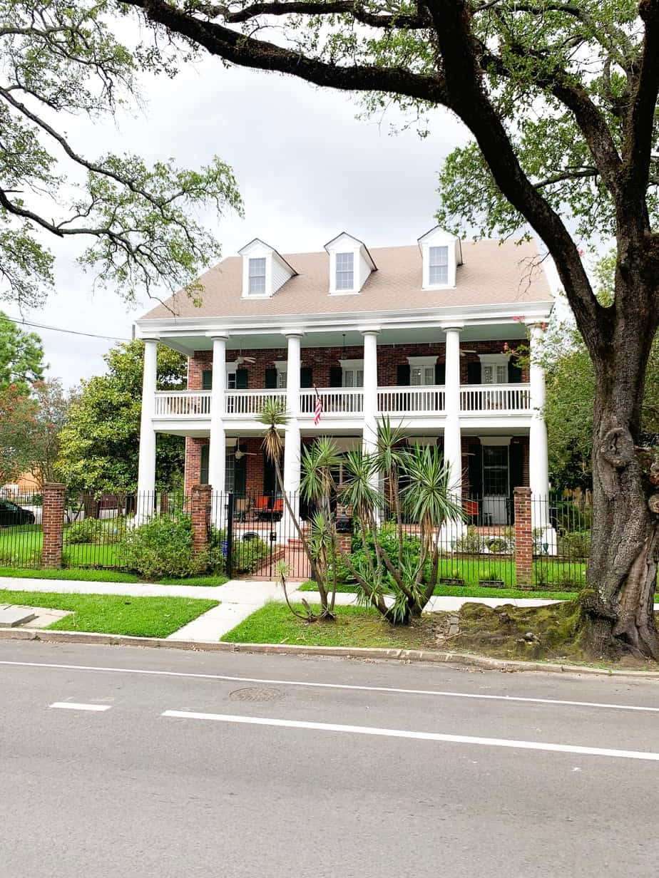 Large House in the New Orleans Garden District