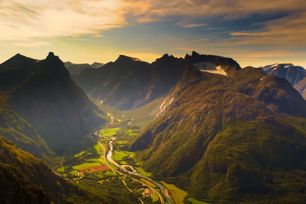 Photo of Norway Itinerary Stop Romsdalseggen Ridge
