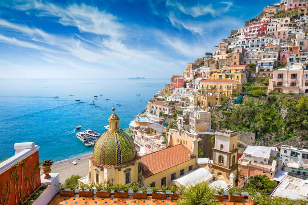 cliffside view of Positano things to do in Italy