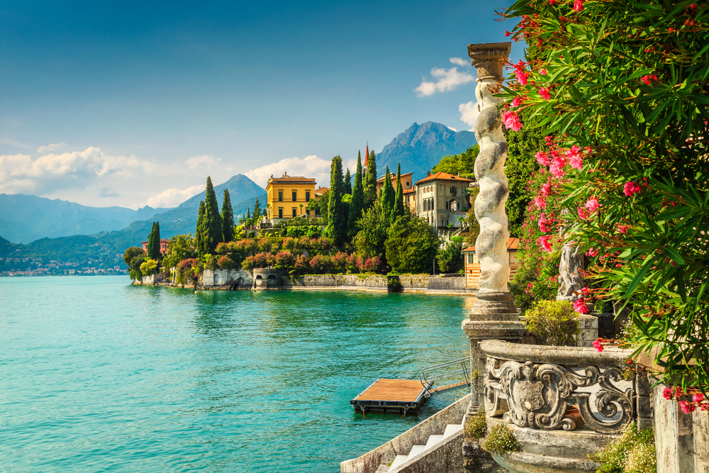 Lake Como is beautiful and must be seen!