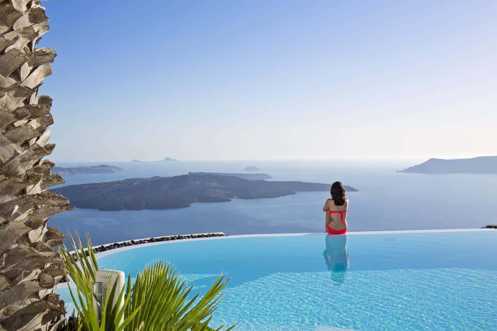 Photo of the infinity pool at Alta Vista Suites in Santorini, an excellent Greece Honeymoon location.