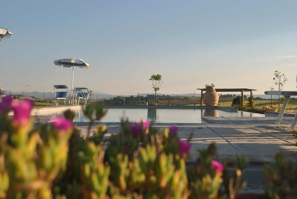 If you are looking for Tuscany villas with private pools, stay at Corte della Stelle
