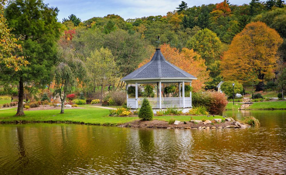 fall colors in blowing rock North Carolina