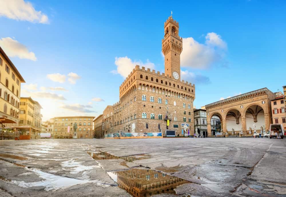 early morning view of the piazza della signoria