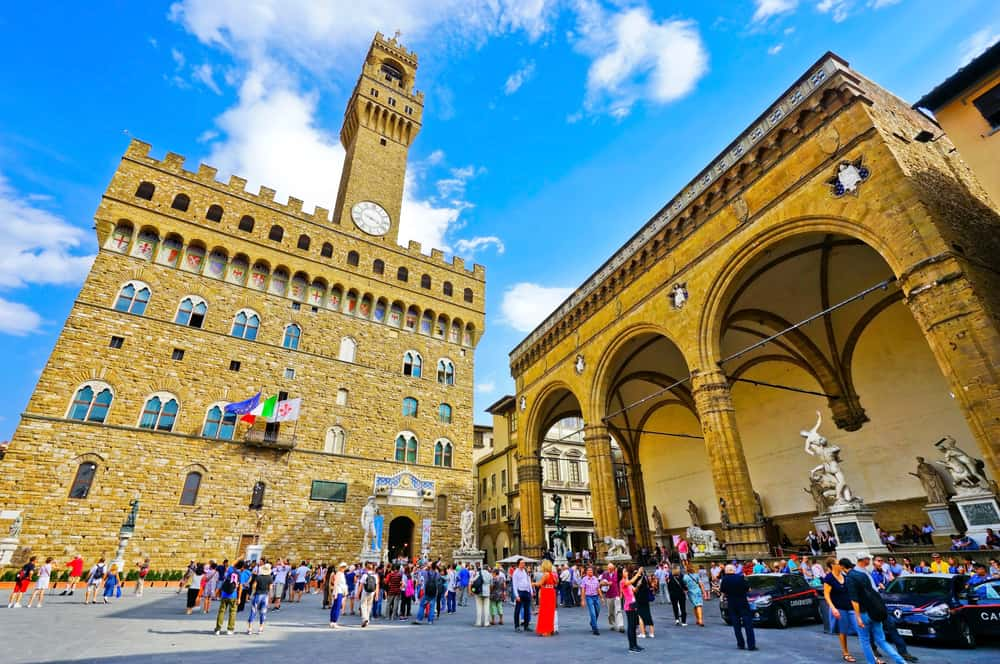 view of the Palazzo Vecchio on a sunny day in Florence