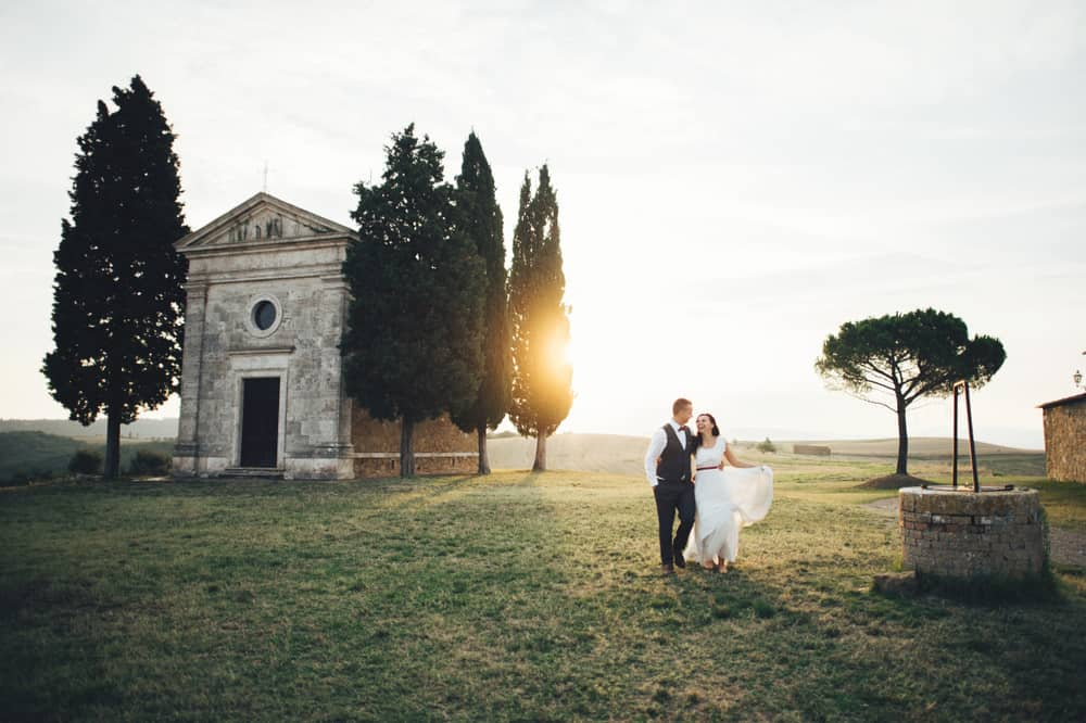 Photo of newlyweds in Tuscany, like you, on your Tuscany honeymoon!
