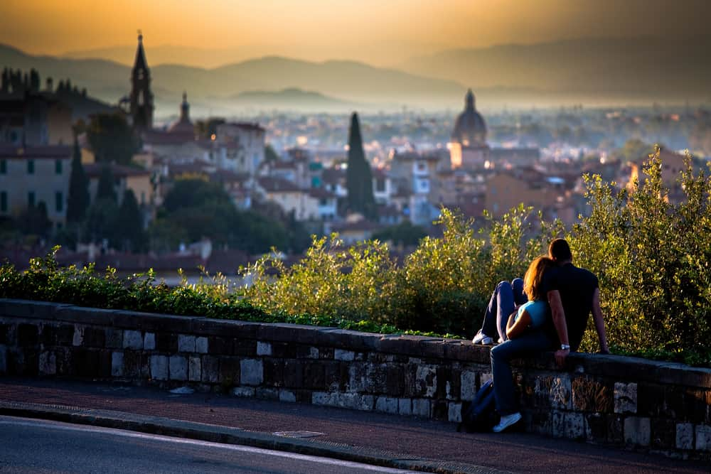 Photo of couple in Florence