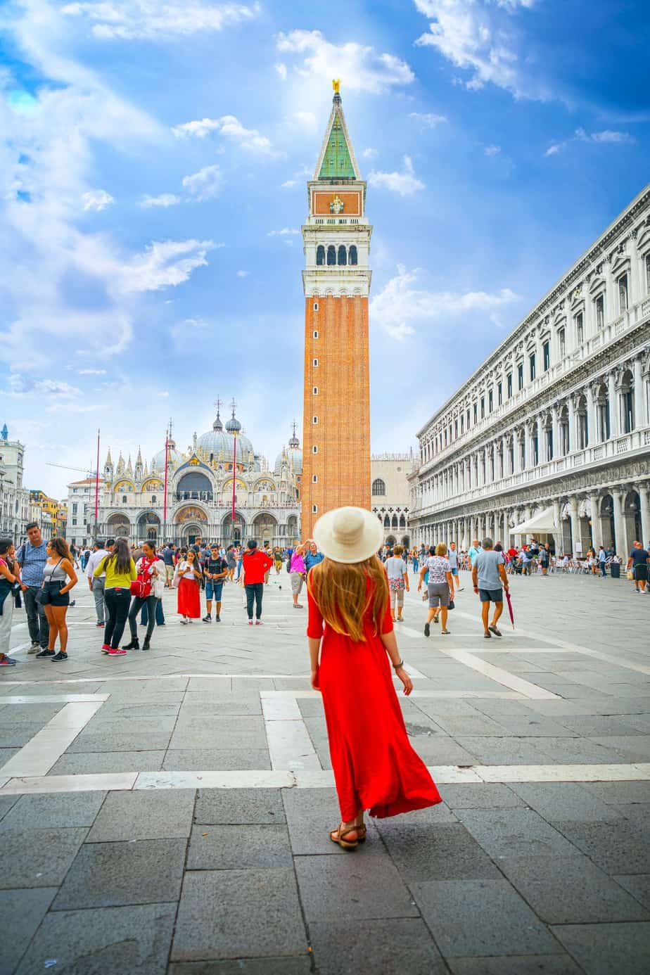 Instagram Photos in Saint Mark's Square In Venice Italy | best Instagrammable locations in Venice | Venice photo spots | pretty places in Venice | visiting Saint Mark's Square In Venice Italy