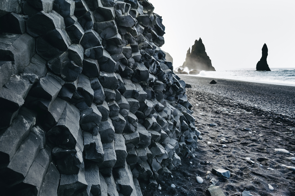 Reynisfjara black sand beach during your 4 days in Iceland