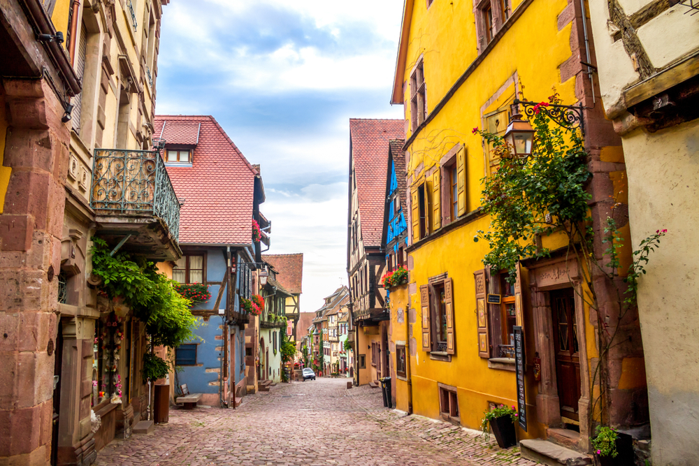 Half-timbered buildings line the streets of Riquewihr
