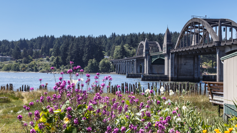 the Siuslaw River Bridge on your Oregon coast road trip