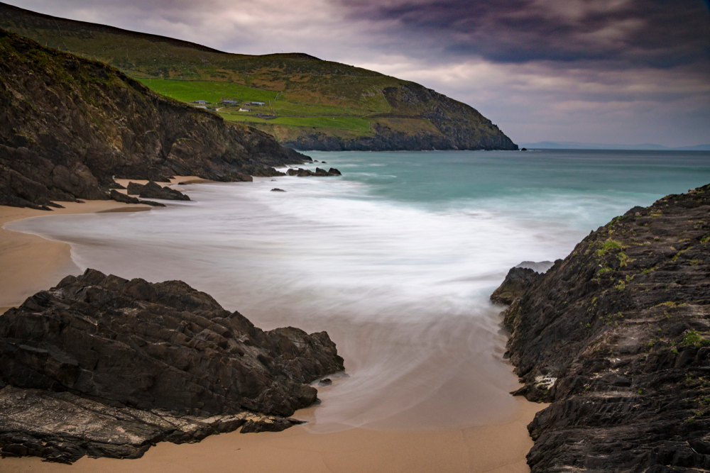 Photo of beach in Ireland.