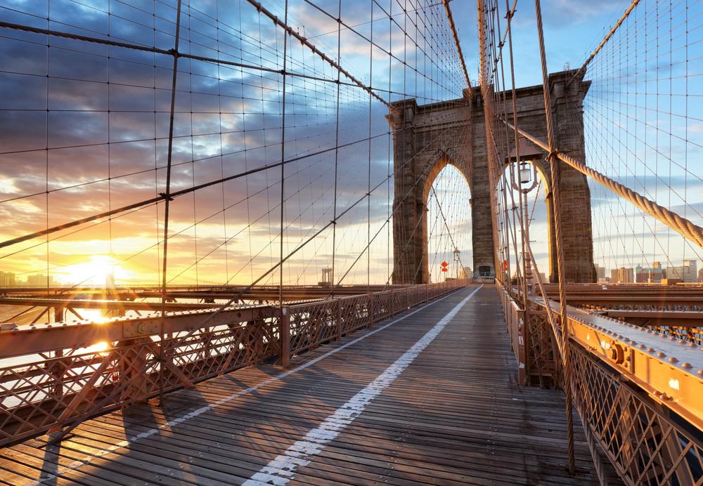 Brooklyn Bridge empty at sunset