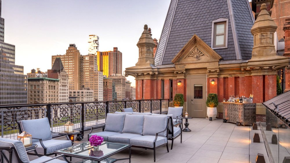 Rooftop during sunset in the beekman hotel
