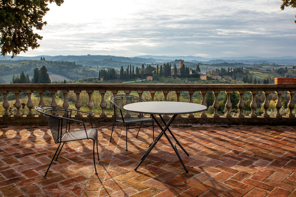 villa in tuscany with views looking out over the countryside