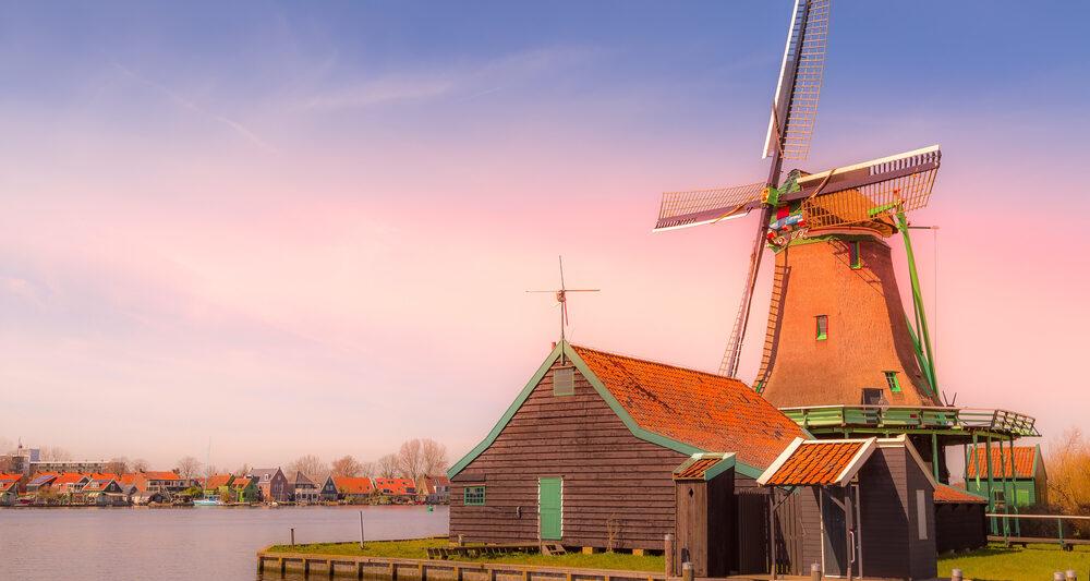 Day Trips From Amsterdam Zaanse Schans Windmill