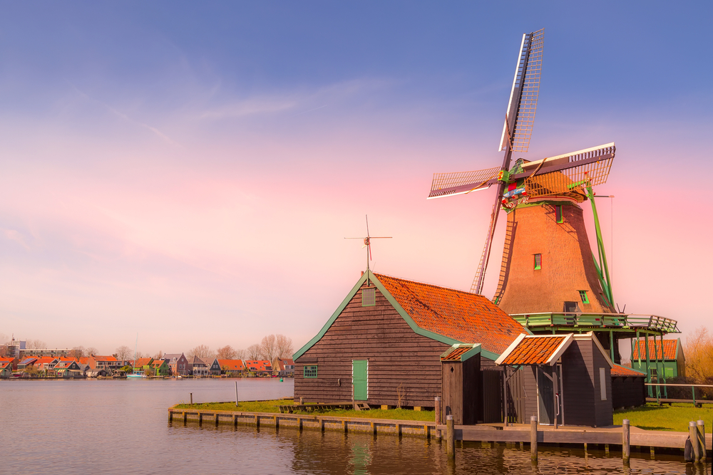Day Trips From Amsterdam Zaanse Schans Windmill