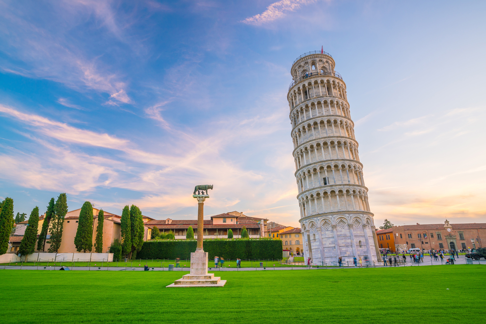 The Leaning tower of Pisa against a brilliant blue sky