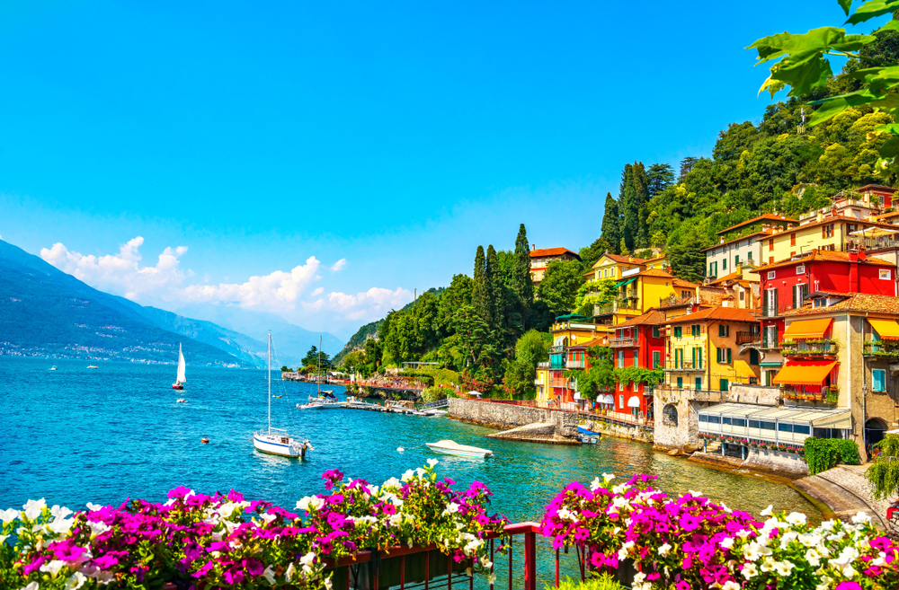 Photo of Lake Como.