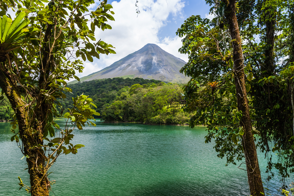 Visiting beautiful Arenal Volcano on your Costa Rica Honeymoon